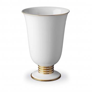 Footed Vase PR299